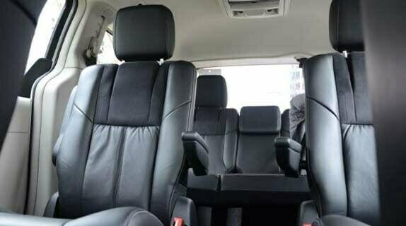 Novo Chrysler Town & Country 2012 chega ao Brasil