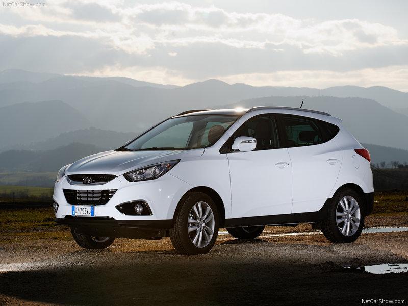 9be72b00042 A Hyundai anunciou nesta semana que o lançamento do modelo iX35 vai  acontecer na segunda quinzena deste mês de março.