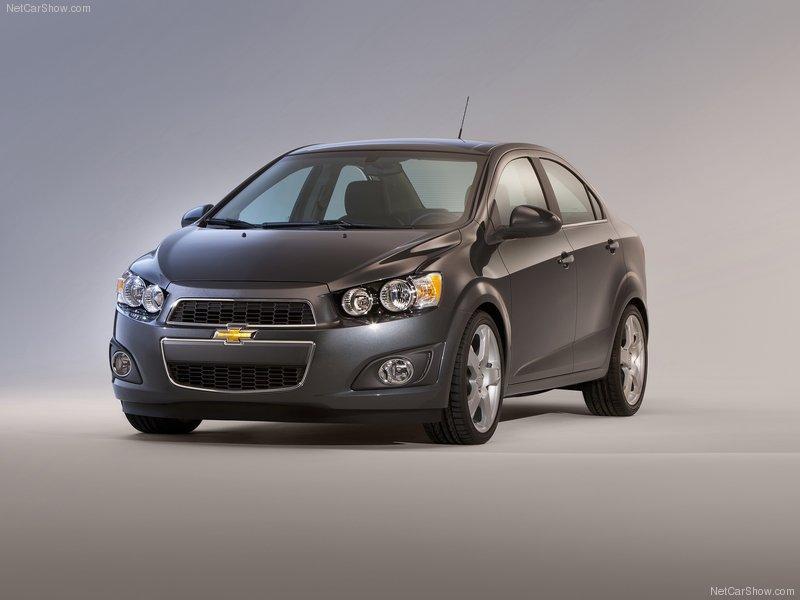 8f5feec6b49 Chevrolet Sonic 2012 – Lançamento no Brasil com preço de R  42 mil