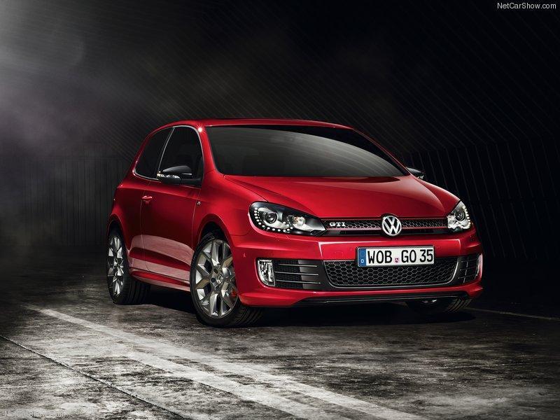 Volkswagen Golf GTI – Modelo flagrado em testes em autódromo