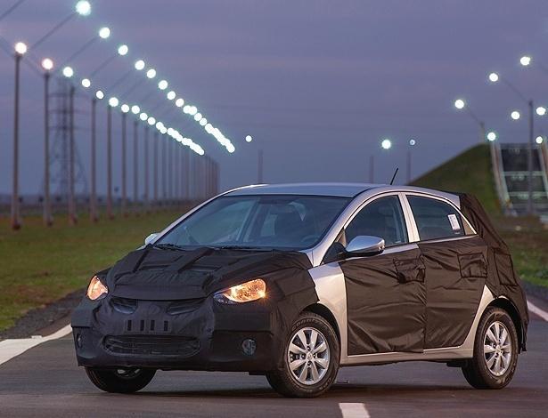 Hyundai HB20 2013 – Novo Teaser divulgado e lançamento em outubro – Fotos