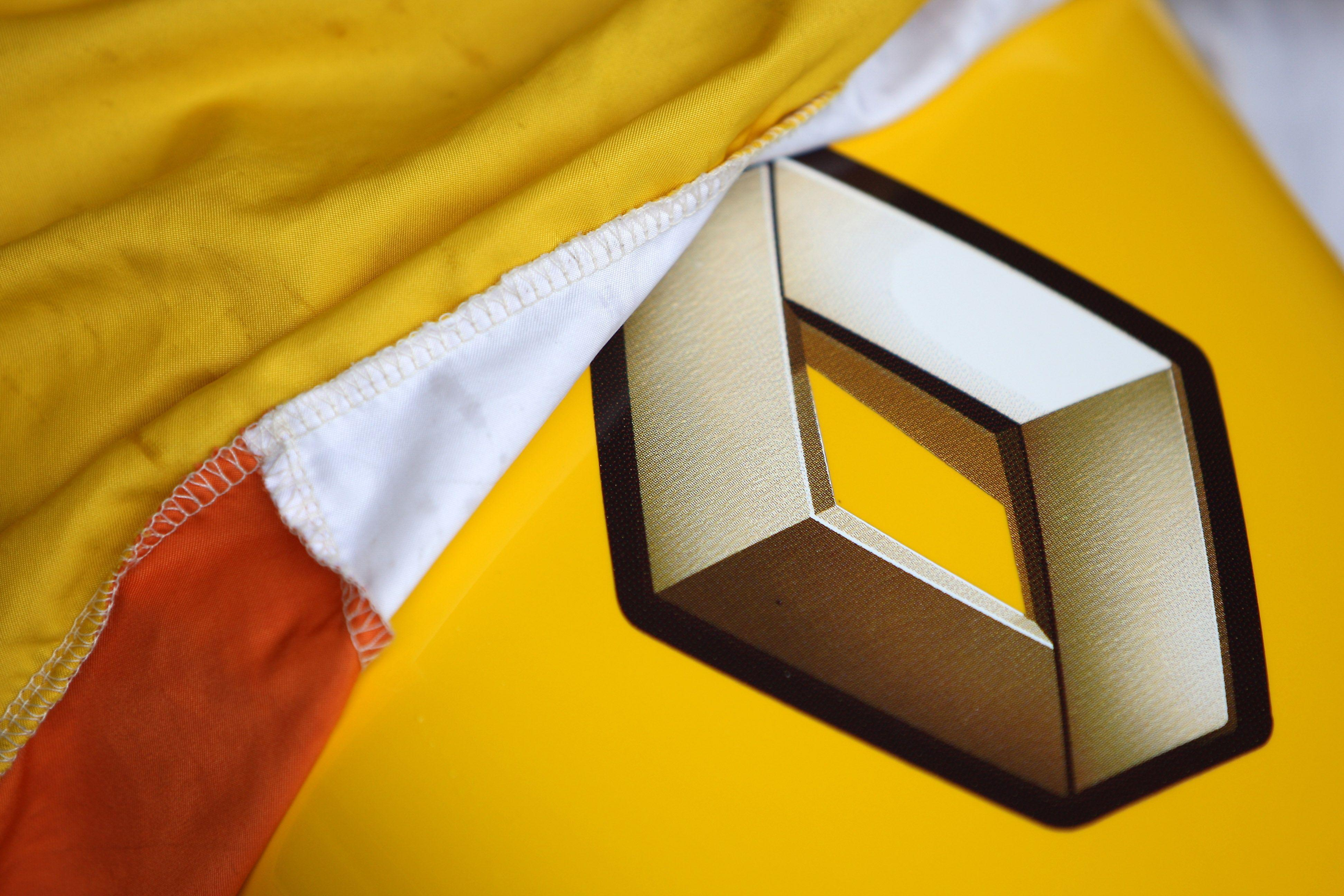 'Novo Renault Clio Live 2013' – Novidades e fotos do interior do carro são divulgadas