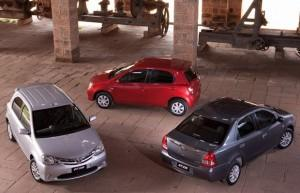 Novo Toyota Etios – Vídeo com Pitty e Samuel Rosa promove o carro popular