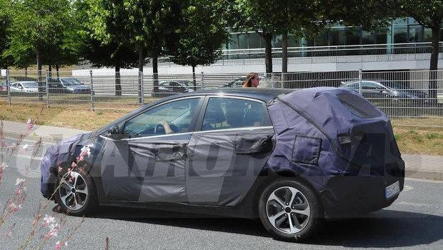 Novo Hyundai i30 – Modelo terá reestilização na linha 2015