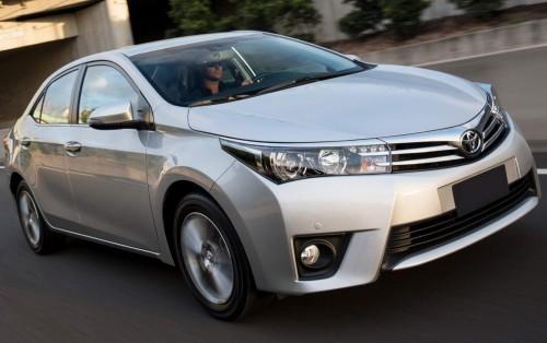 Novo Toyota Corolla 2015 sai com preço a partir de R$ 66.570