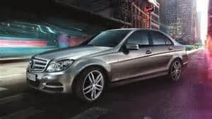 Mercedes-Benz e Groupon fazem parceria para aluguel de carros