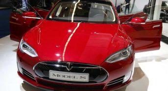 Tesla Motors deve lançar Novo Carro que Dirige Sozinho
