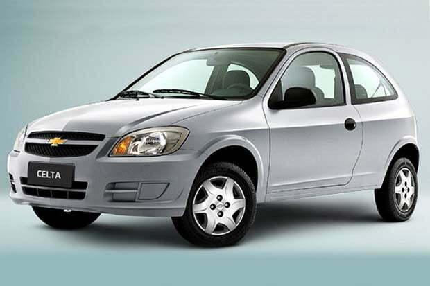 Chevrolet-Celta-2015-1-