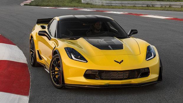 Corvette-Z06-C7R-4