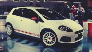 Fiat Punto T – Jet: Desempenho e esportividade