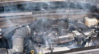 Carro com Motor Fervendo – O Que Fazer?