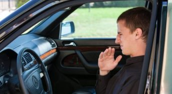 Cheiro Ruim no Carro – Como Tirar Odores Desagradáveis