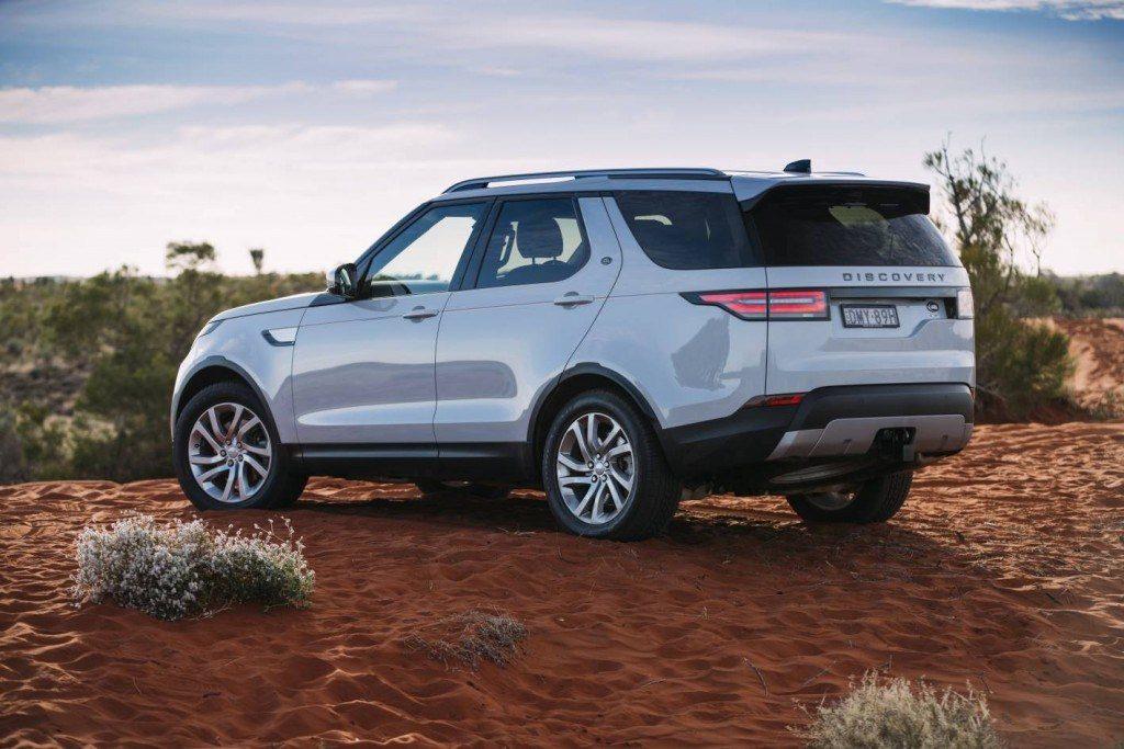 land rover discovery 2018 vers es pre os e novidades carro bonito. Black Bedroom Furniture Sets. Home Design Ideas